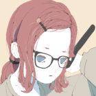 メガネをかけた部屋着の女性のイラスト